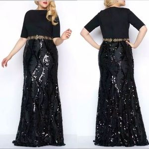 Mac Duggal Black Lace Sequin Gown